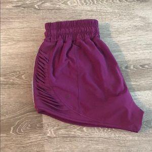 Running shorts in plum